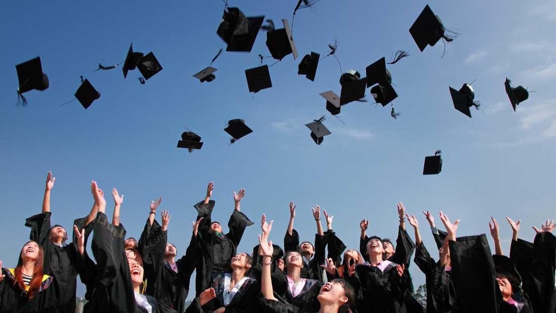 Recrutement ingénieurs logiciel jeunes diplômés
